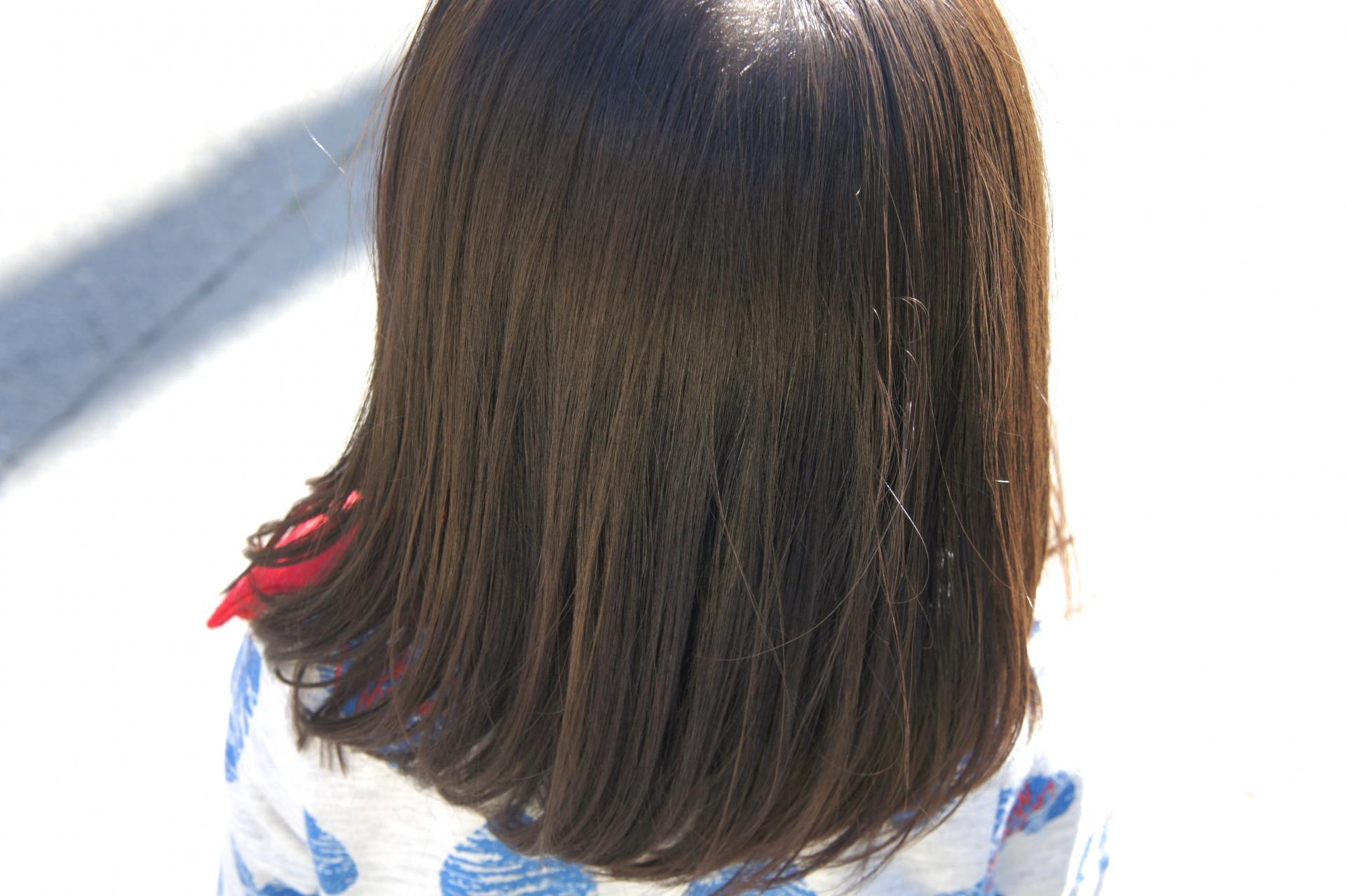 医療用ウイッグを必要としてる子供たちのために、自分の「髪」を無償で提供するという、髪の長い方ならどなたでもできるボランティアです。