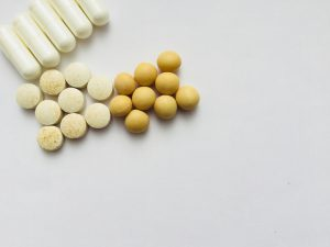 ホルモン療法中にイソフラボンは摂るべきか摂らざるべきか