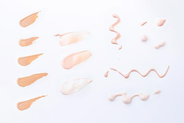 抗がん剤治療中のメイク:顔色をカバーするベースメイク