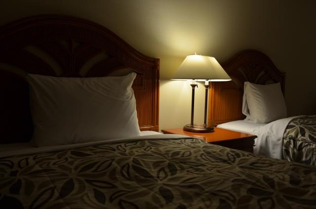 睡眠は脳を休めて、記憶の整理整頓させ、必要な情報と不必要な情報をより分けます。